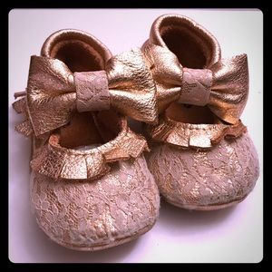 Other - RoseGold Lace and Leather Baby Moccasins